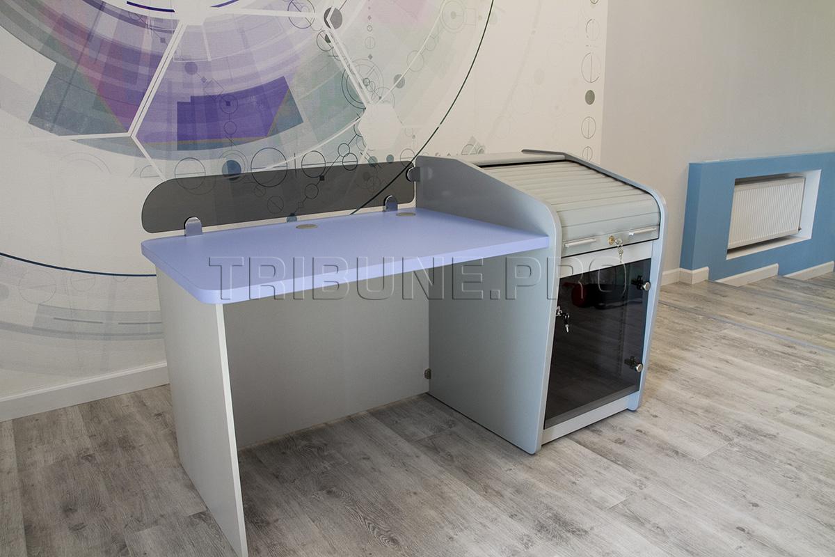 Стол звукорежиссера с рэковой тумбой сроллетой